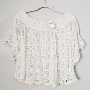 Ambercrombie and Fitch Lace Off the shoulder top.